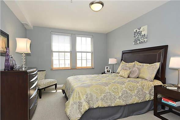 1417 Newton St NW, Washington, DC 20010, bedroom
