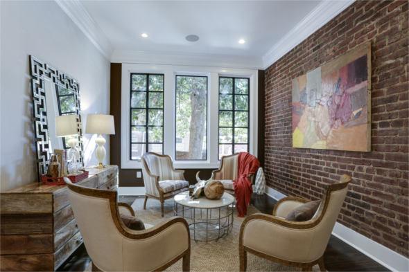 1641 19th St, NW, Washington, DC 20009 sitting room