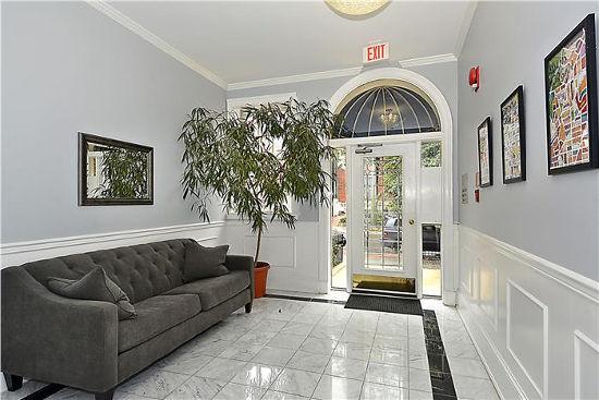 1736 18th St, NW, Apt 204, Washington, DC 20009, lobby