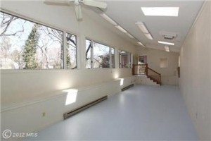 7416 Holly Ave Takoma Park: white room
