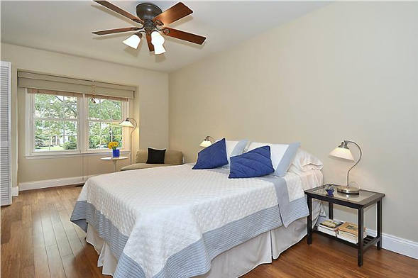 7809 Heatherton Ln., Potomac, MD 20854, bed