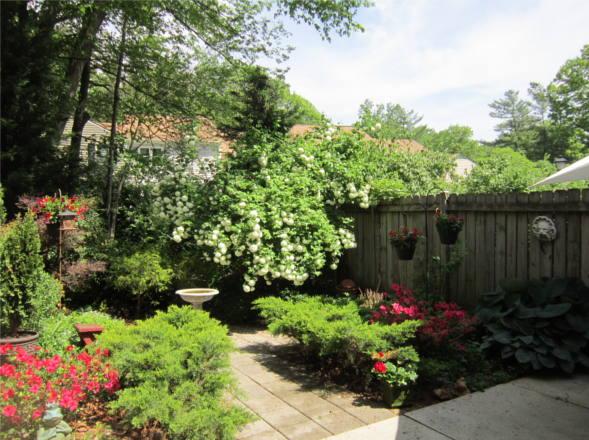 7809 Heatherton Ln., Potomac, MD 20854, garden