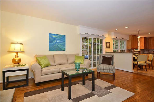 8218 Tuckerman Lane, Potomac, MD 20854, family room