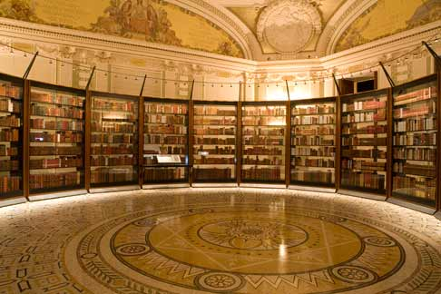 Recreation of Jefferson's library at the Library of Congress.