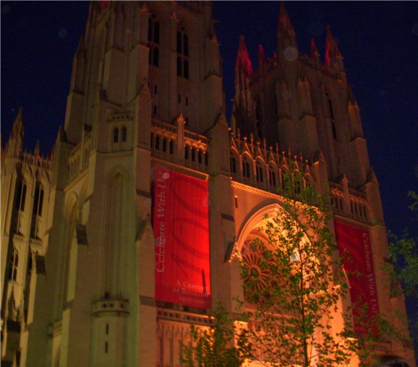 National Cathedral, Washington, DC: lit front